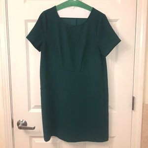Green crepe everly dress